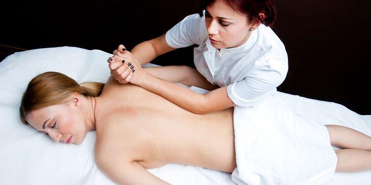 Celotelová masáž (kombinácia športovej a klasickej masáže)