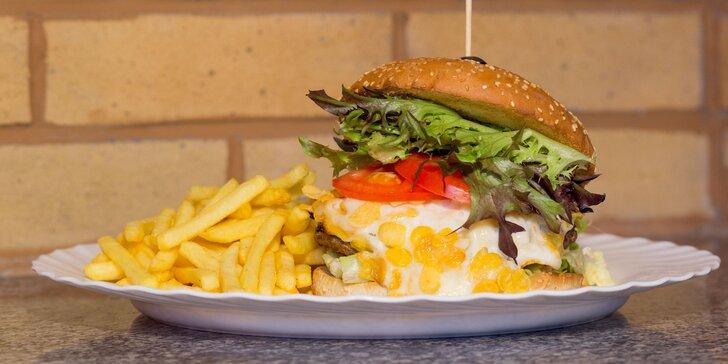 Crisps Burger s hranolčekmi, zeleninovou oblohou a dresingom