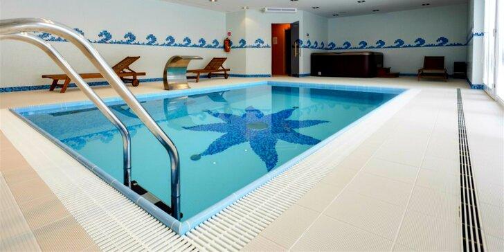 Privátny vstup do bazéna s wellness pre dvoch či celú rodinu