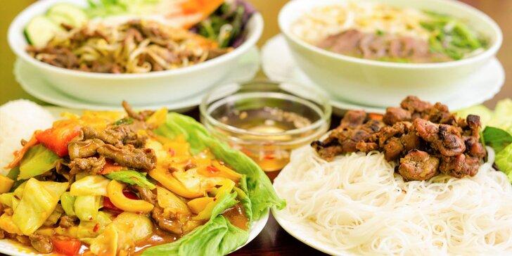 Vietnamské špecialitky: Pho s hovädzím mäsom alebo kačica
