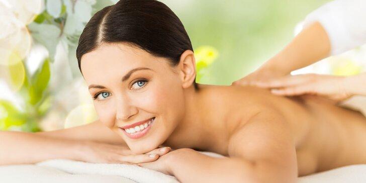 Relaxačná masáž chrbta a šije olejmi doTERRA