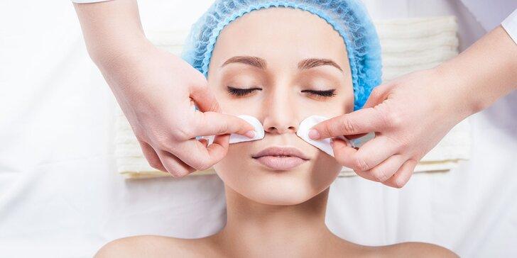Hĺbkové čistenie pleti skin scrubber s kozm. AHAVA alebo masáž tváre a dekoltu