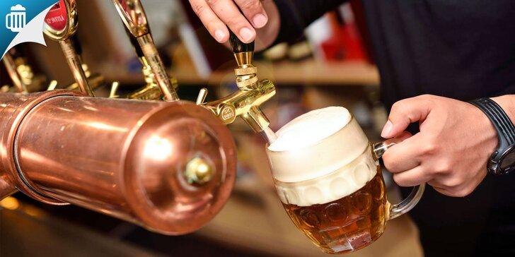 Veľké pivá a domáce pomazánky s hriankami v Zámockom Pivovare