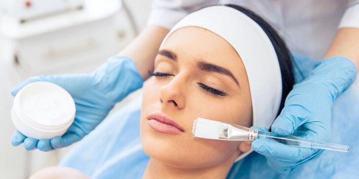 Ošetrenie pleti a masáž tváre, krku či dekoltu s úpravou obočia