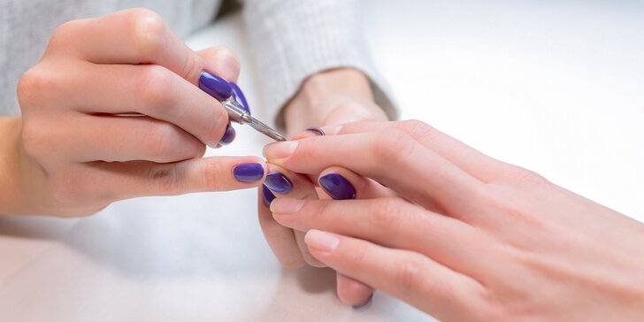 Gélové nechty, spevnenie gélom, japonská alebo klasická manikúra