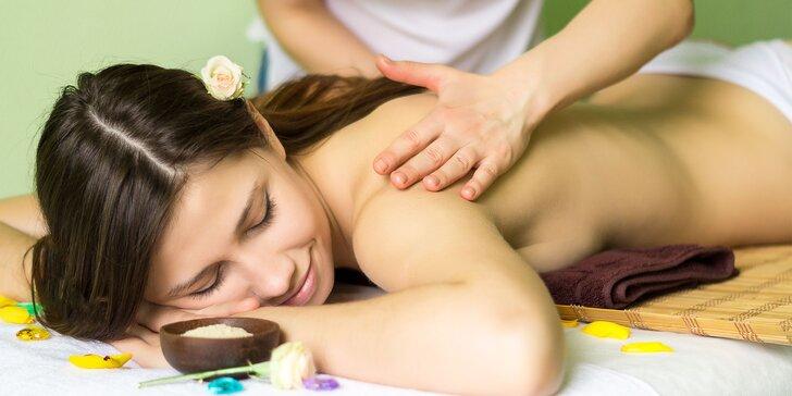 Senzuálna olejová masáž s možnosťou masáže chodidiel