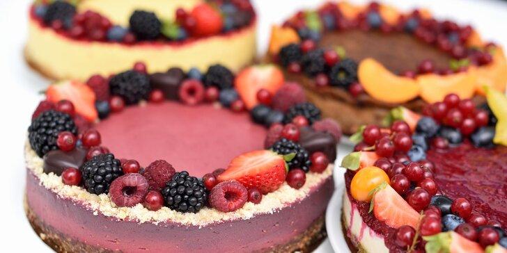 Skvelé raw torty, ktoré potešia a budú chutiť