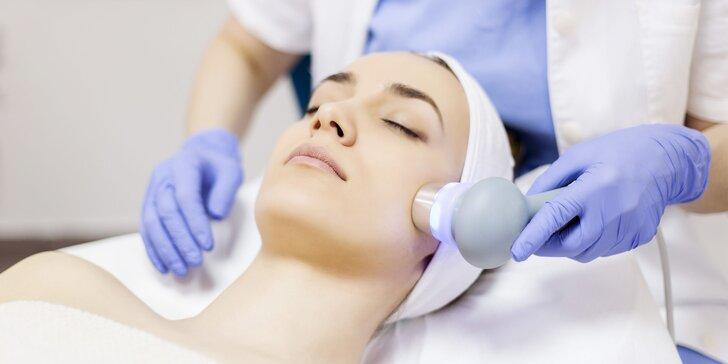 Balíček ošetrení pre mladšiu pleť (oxylifting, fototerapia, ultrazvuk)