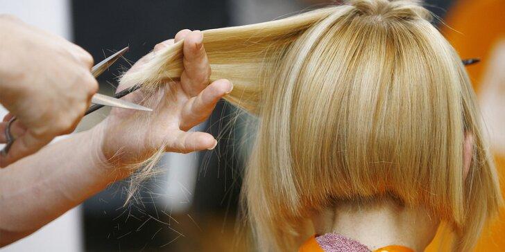 Regenerácia vlasov, strihanie a farbenie