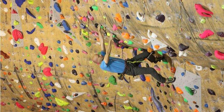 Kurzy lezenia na umelej horolezeckej stene v Považskej Bystrici