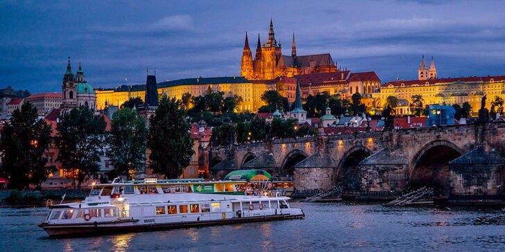 Adventná plavba centrom Prahy pre deti i dospelých vr. možnej večere pri sviečkach