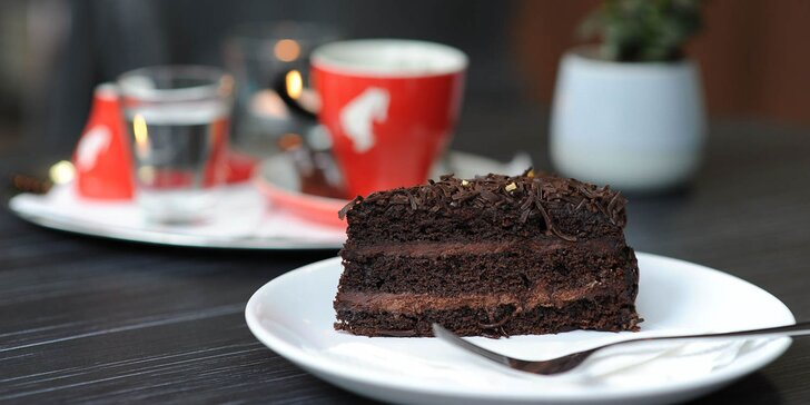 Káva, sladký koláčik alebo limonáda v MaBeTi - príďte aj so psíkom!