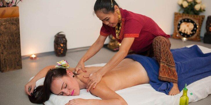 Relaxačná alebo klasická olejová masáž celého tela od Thajčanov