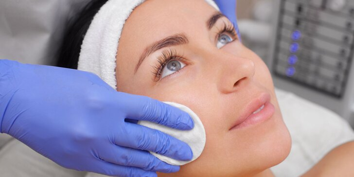Omladenie s diamantovou mikrodermabráziou, kolagén liftingovou kúrou alebo s anti-age ošetrením IPL prístrojom s použitím nemeckej kozmetiky ALCINA