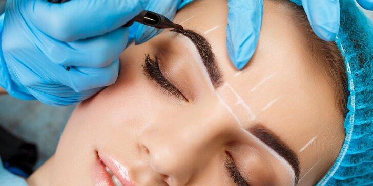 Permanentný make-up obočia alebo pier