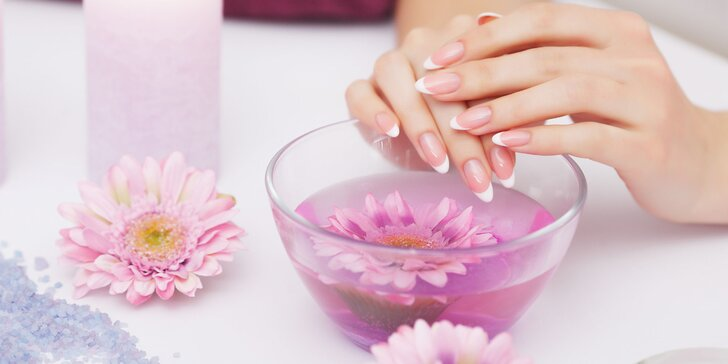Klasická manikúra, pedikúra alebo gelové nechty