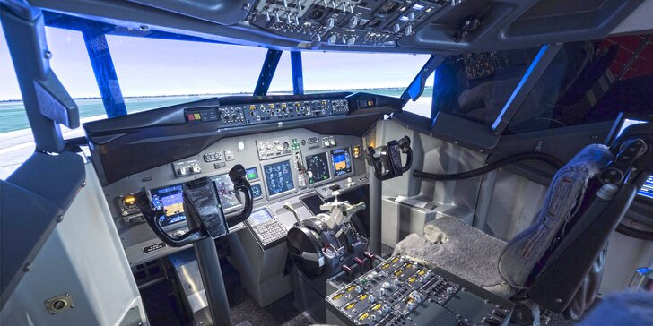 Pilotom dopravného lietadla: zážitok na simulátore či prekonanie strachu z lietania!