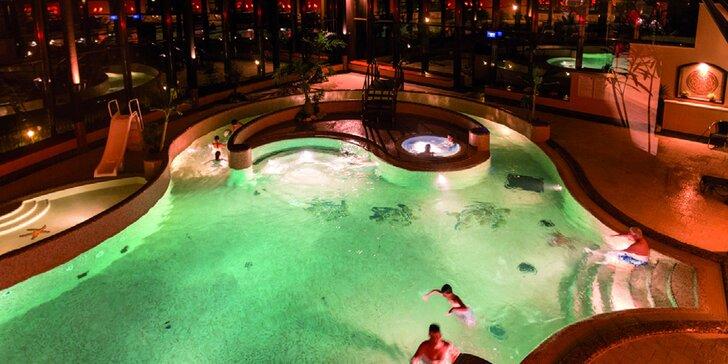Jedinečný silvestrovský wellness pre 4 osoby v hoteli Duna Residence*****