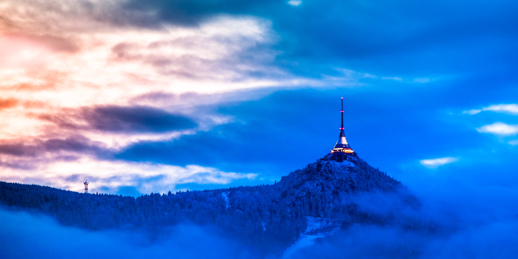 Zimná krása Ještědu: ubytovanie v útulnom penzióne s polpenziou pre dvoch