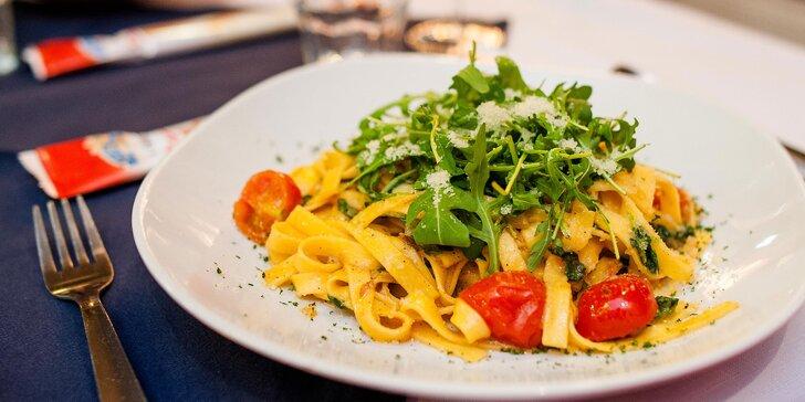 Cestoviny a káva v talianskej reštaurácii Luna Rossa