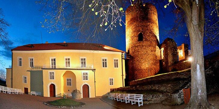 Dobrodružný pobyt na hrade Svojanov vrátane prehliadky + 2 deti do 6 r. zdarma