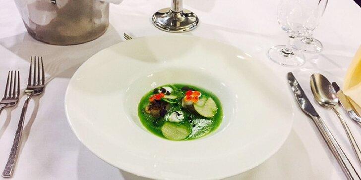 Luxusné valentínske degustačné 4-chodové menu pre dvoch + darček