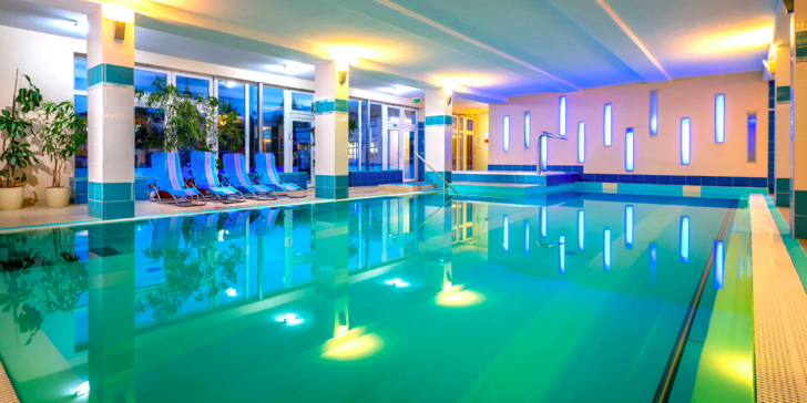 Víkendový relax s masážou, neobmedzeným wellness alebo týždenný pobyt s možnosťou 10 liečebných procedúr v Hoteli Prameň*** Dudince