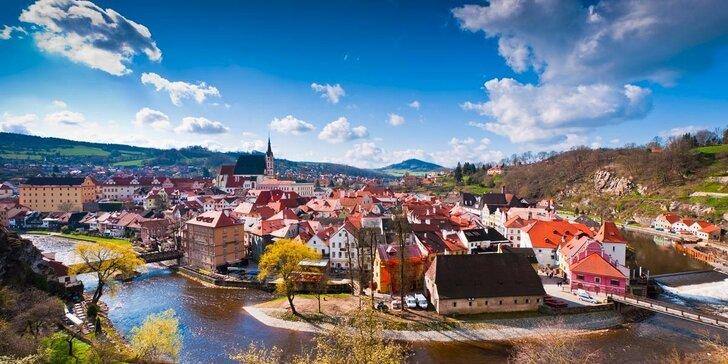 Romantická jar pre 2 v Českom Krumlove s raňajkami a fľašou sektu
