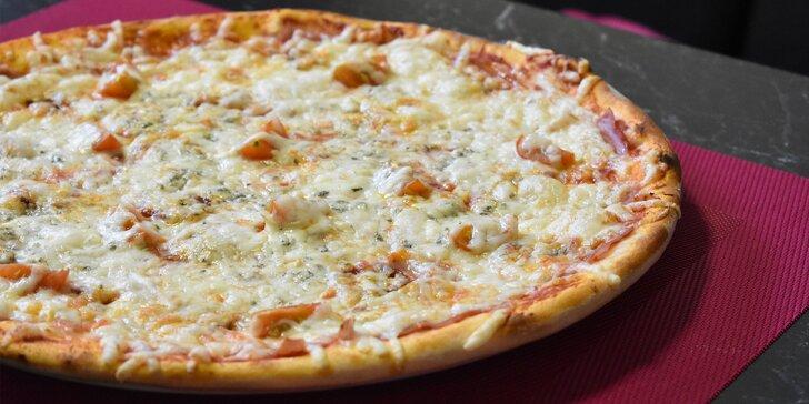 Poctivá pizza v Sabotage pube a nápoj