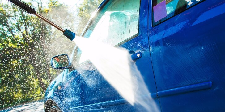 Kompletné ručné umytie auta s tepovaním, voskovaním či dezinfekcia