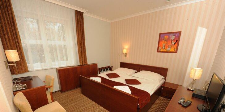 Hotel Encián***