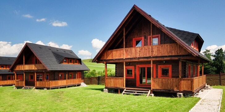 Komfortné drevenice pre 6 osôb + aktivity a wellness v rámci areálu Sojka Resortu neďaleko Bešeňovej