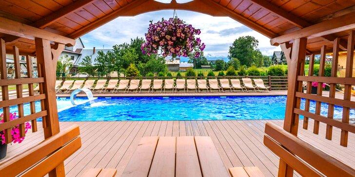 Bohatý wellness pobyt s polpenziou a s masážou v poľských Tatrách pre dvoch