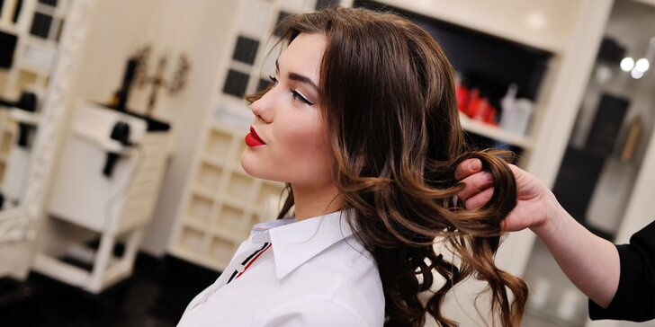 Steampod rekonštrukčná kúra na vlasy alebo farbenie so strihom
