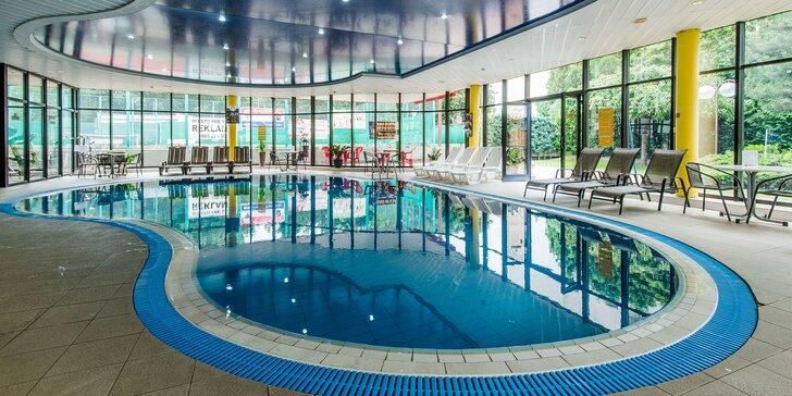 3-hodinový vstup do bazéna a letnej záhrady Holiday Inn