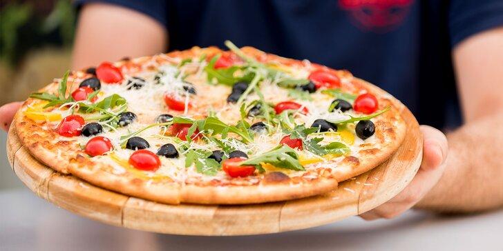 Výborná pizza so sebou, úsmev k nej zadarmo