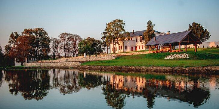 Romantický víkendový pobyt v Chateau Šarkan*** pri Štúrove