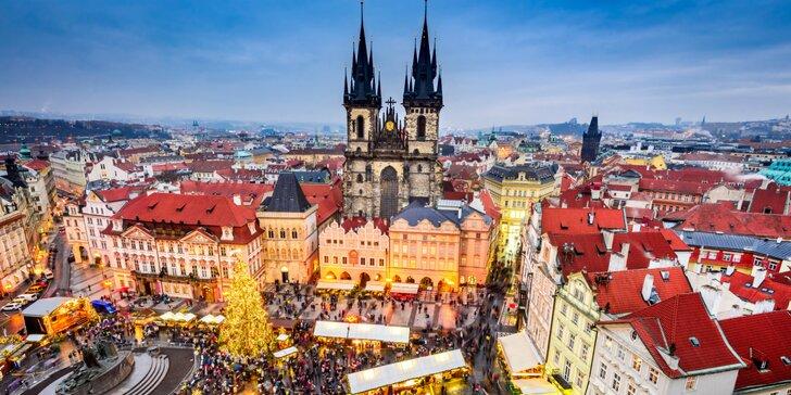 Stovežatá Praha vo svetle vianočných svetielok a muzikál Muž so železnou maskou