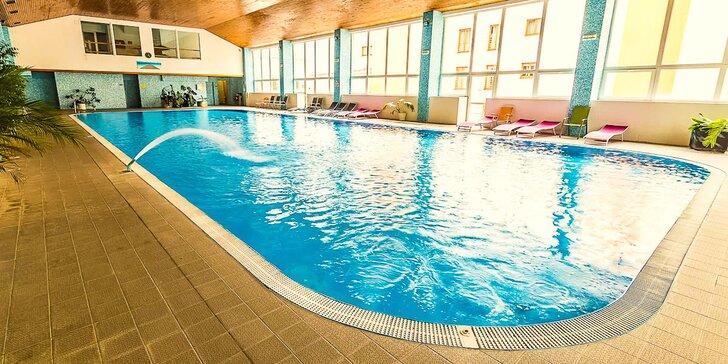 Kúpeľný wellness pobyt s plnou penziou, procedúrami podľa vlastného výberu a 25 m plaveckým bazénom v Hoteli Jantár*** Dudince