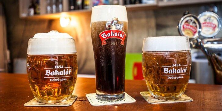 Pivo Bakalář alebo čierne lávové pivo Bernard