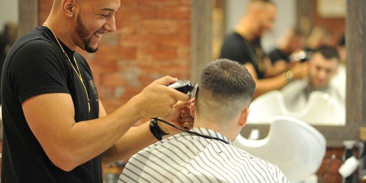 Kompletné dôkladné holičské služby pre pánov