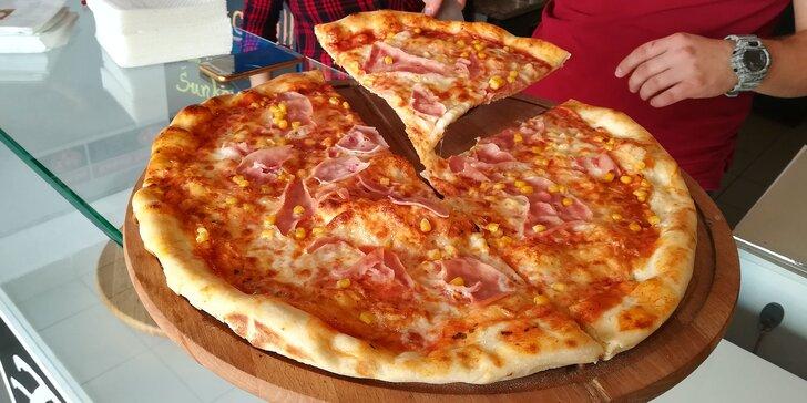 Chrumkavá pizza so sebou