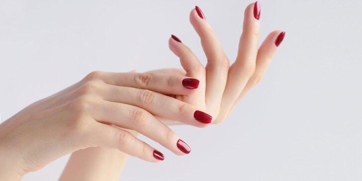 Manikúra, gél lak alebo gélové nechty