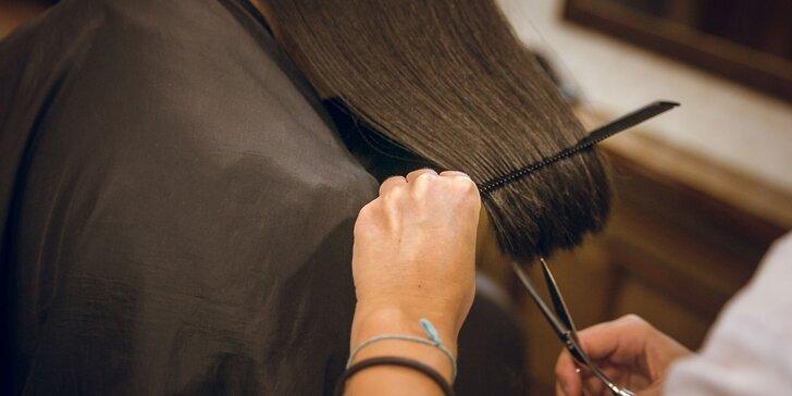 Strih, farbenie a aplikácia profesionálnej kúry alebo pánsky strih