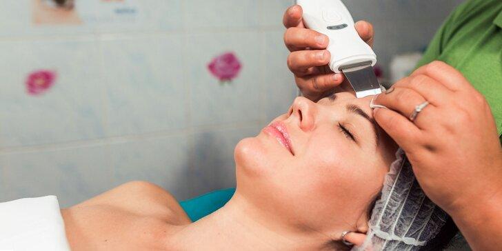 Hĺbkové čistenie pleti ultrazvukom alebo balíček krásy