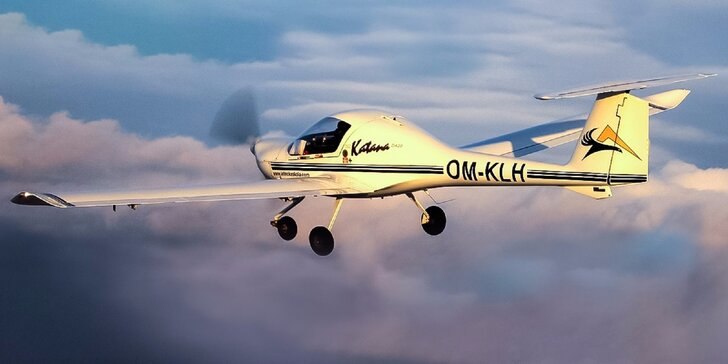 Až do oblakov! Poznávací let s možnosťou pilotovať lietadlo