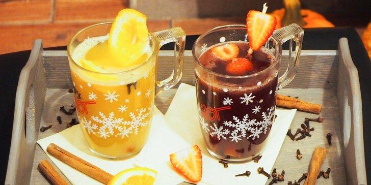Horúci punč, varené víno alebo hot apple v Spezax Caffe