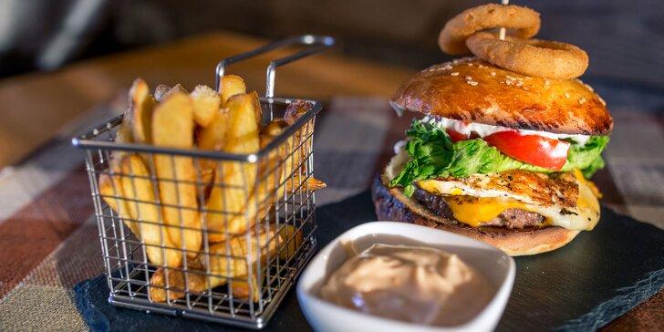 100 % Hovädzí burger s hranločekmi podľa vlastného výberu