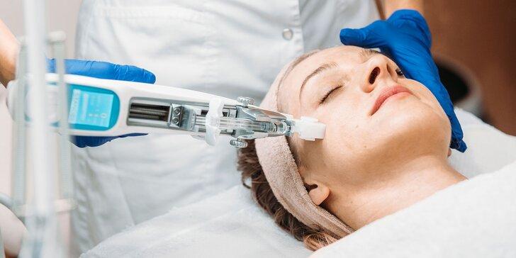 Vitamínová mezoterapia Vital injectorom na tvár alebo dekolt