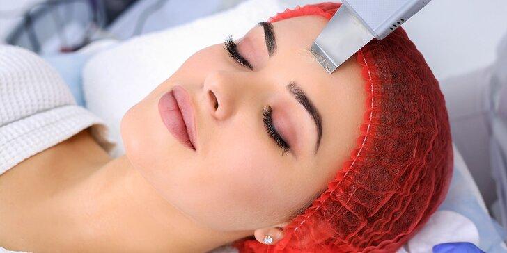 Čistenie pleti, liftingové ošetrenie či masáž tváre v salóne Bella Donna
